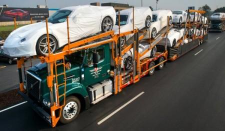 Transport Chevroletów Corvette