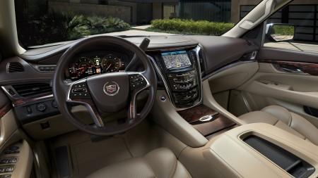 Cadillac Escalade Model 2015 - kochamyauta.pl portal motoryzacyjny foto: materiały prasowe